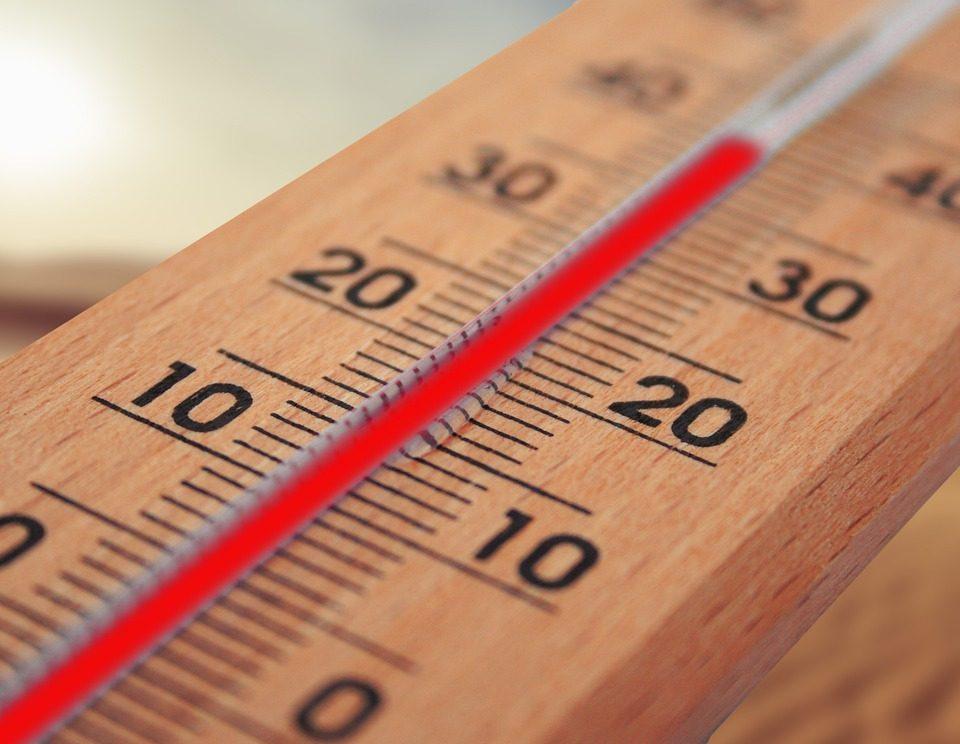 Raffrescatori Evaporativi Industriali: di quanti gradi riducono la temperatura?